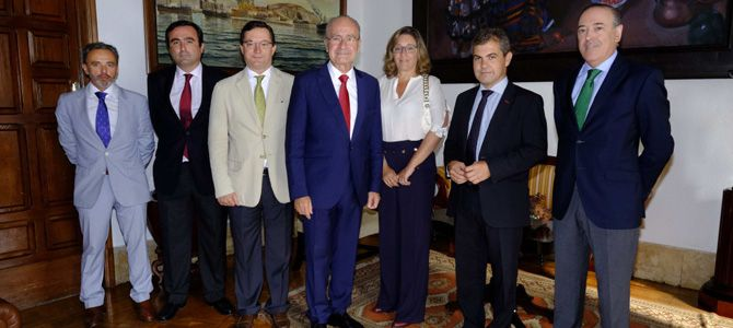 El alcalde de Málaga se reúne con CESUR