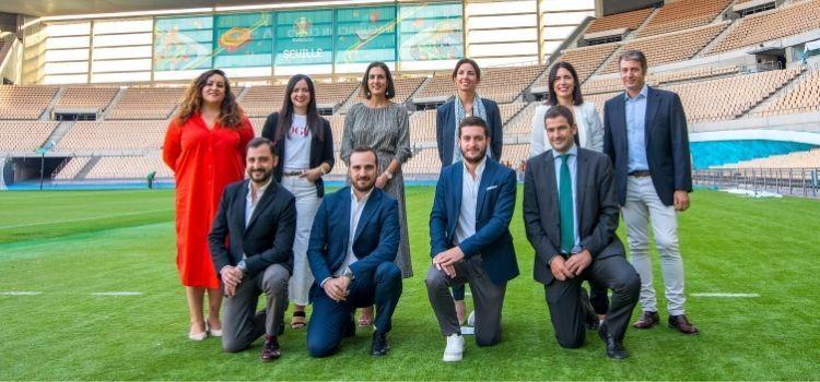 """El """"Once ideal"""" del marketing en Andalucía golea en el Estadio de la Cartuja"""