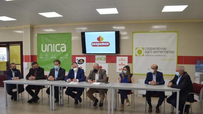 Coopaman firma la integración plena en Unica Group