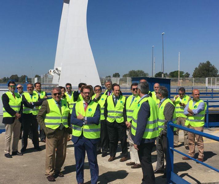 14 de mayo los socios de CESUR visitan el Puerto de Sevilla