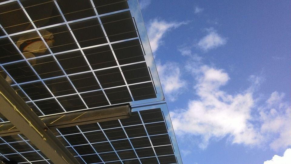 Everwood Capital ficha a PwC y Garrigues para vender sus fondos de fotovoltaica