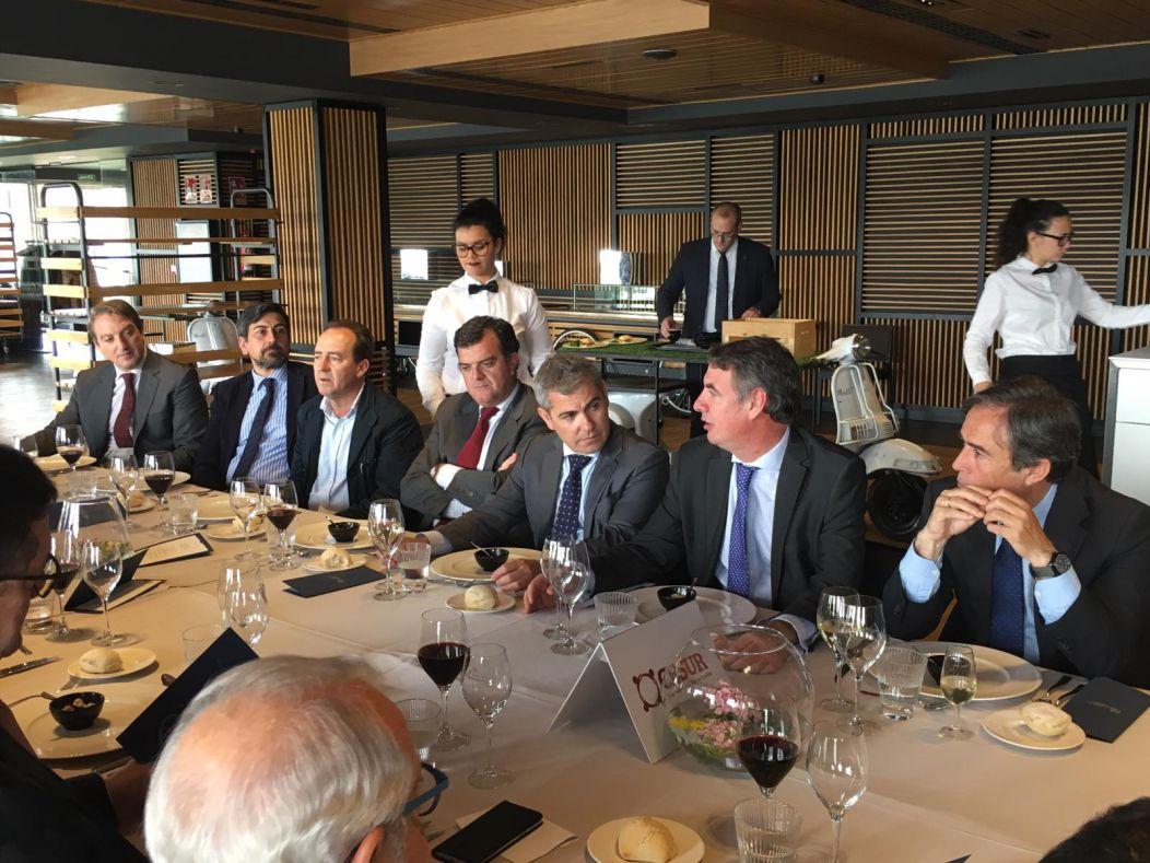 Almuerzo con Vicente Fernández, Presidente de SEPI
